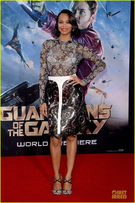 zoe-saldana-white-bra-at-guardians-of-galaxy-premiere-10 (466x700, 101Kb)