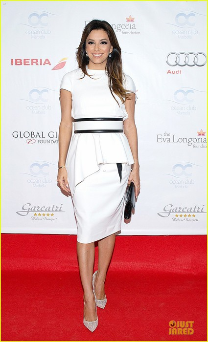 eva-longoria-jose-baston-dress-for-global-gift-party-01 (425x700, 70Kb)