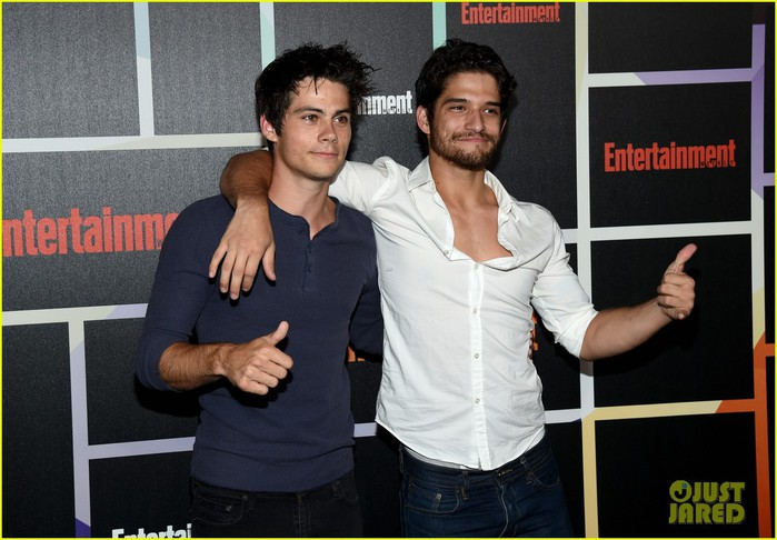 tyler-posey-dylan-obrien-ew-comic-con-party-2014-05 (700x486, 89Kb)