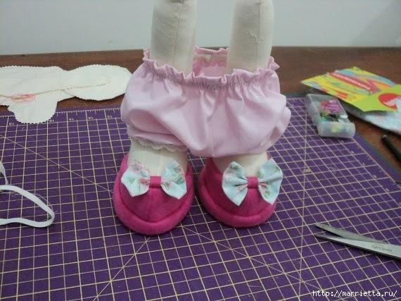 Шьем куколку ДОЛЛИ. Фото мастер-класс и выкройки (5) (570x427, 193Kb)