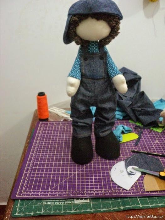 Шьем куколку ДОЛЛИ. Фото мастер-класс и выкройки (46) (525x700, 300Kb)