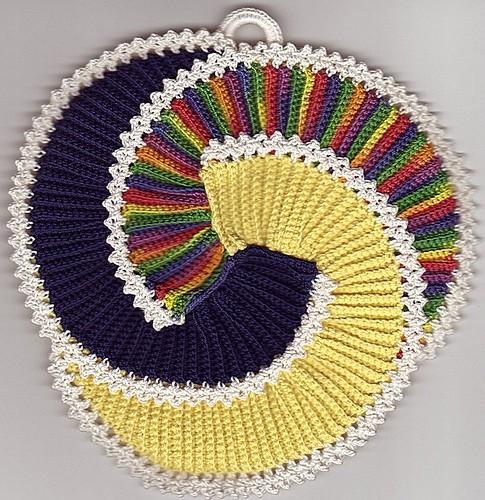 Спиральные прихватки Pikasso крючком (2) (485x500, 339Kb)
