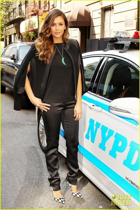 nina-dobrev-promotes-lets-be-cops-all-over-new-york-05 (468x700, 117Kb)