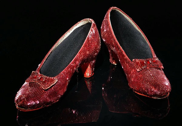 Diamond-Covered-Shoes-3 (600x414, 124Kb)