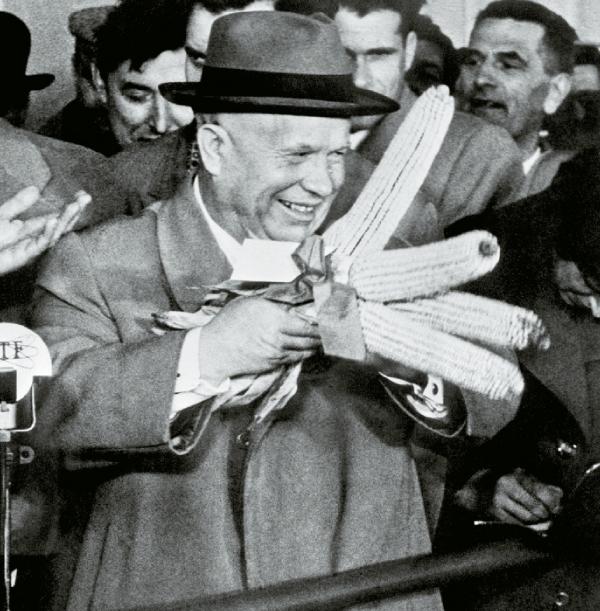 Khrushchev_with_corn (600x611, 325Kb)