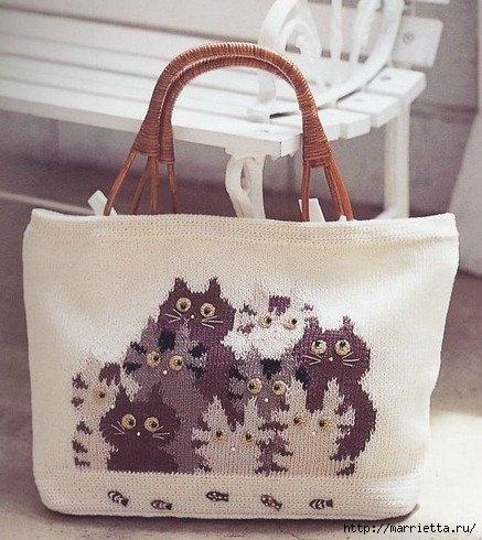 КОШКИ на сумочке и рюкзаке - вязание и вышивка (1) (437x490, 157Kb)