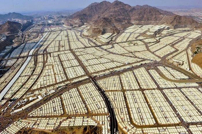 палаточный город мина саудовская аравия 3 (700x466, 462Kb)