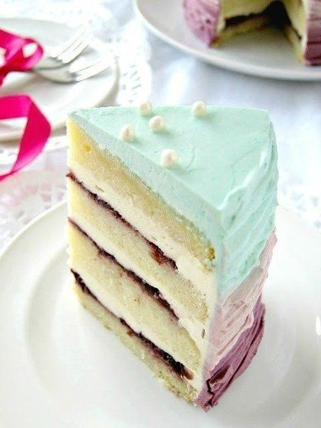 Ванильно-ежевичный праздничный торт с кремом из маскарпоне (453x604, 44Kb)