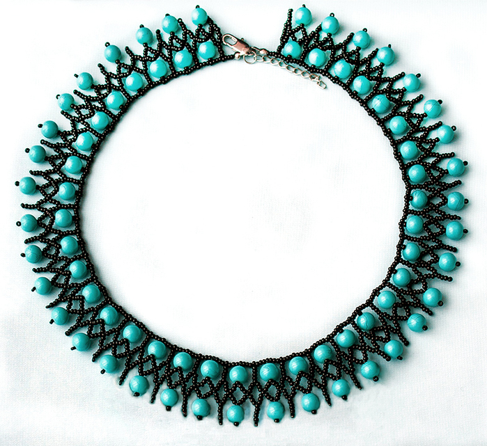 free-beading-tutorial-necklace-blue-1 (700x641, 490Kb)