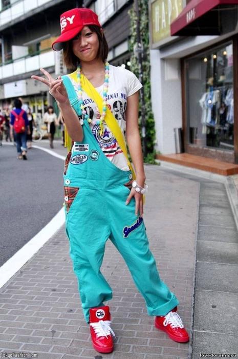современная японская мода фото 11 (465x700, 328Kb)