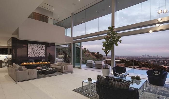 роскошный дом в голливуде фото 1 (700x410, 303Kb)