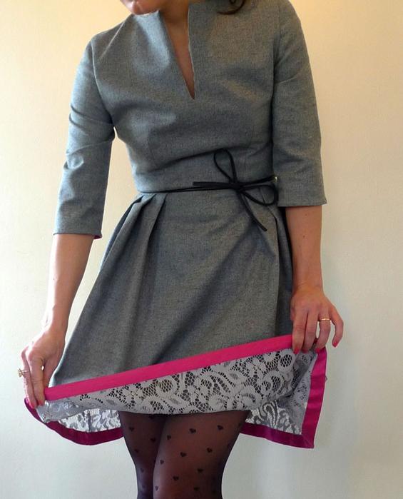 Как удлинить платье с помощью кружева