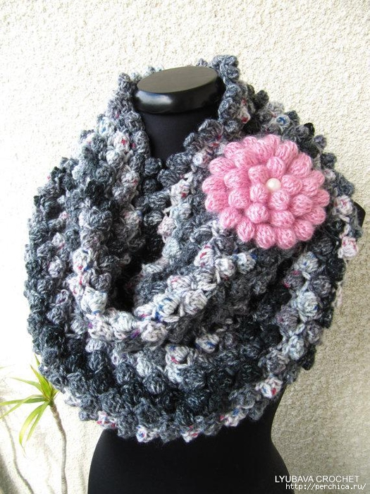 full_3868_87504_CrochetInfinityScarfWithFlower_3 (525x700, 345Kb)