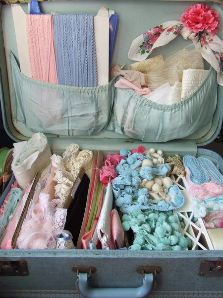 crafty-suitcase-ideas2-3 (450x600, 199Kb)