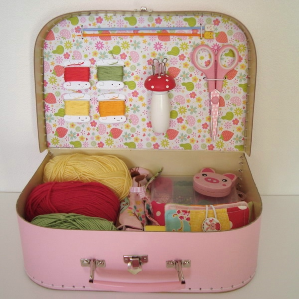 crafty-suitcase-ideas6-3 (600x600, 179Kb)