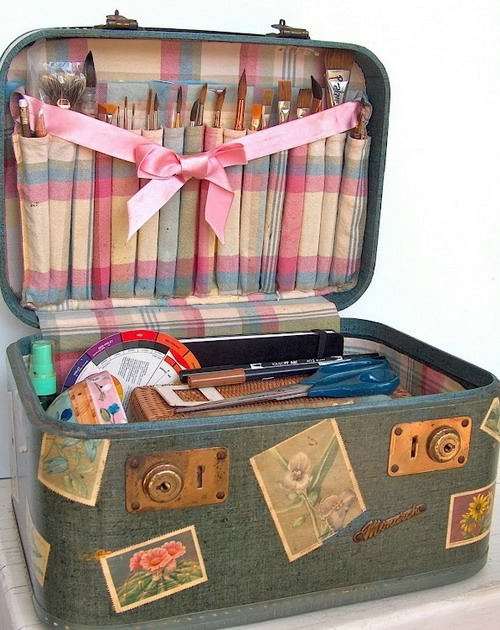 crafty-suitcase-ideas7-2 (500x630, 222Kb)