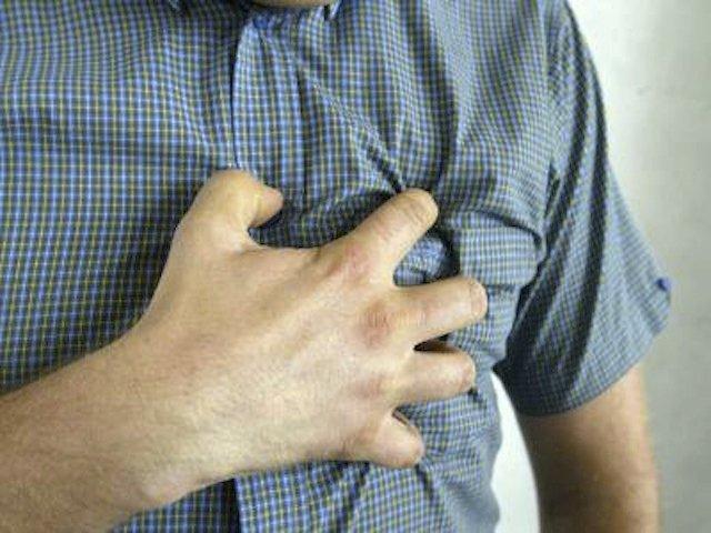 что делать при сердечном приступе, как помочь себе при сердечном приступе,  /4682845_serdce (640x480, 61Kb)