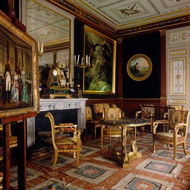 дизайн дома в классическом стиле, дизайн интерьера классика, классический стиль в интерьере/3978851_610x610_Quality97_650x651_Quality97_FS_E6_1 (610x610, 358Kb)