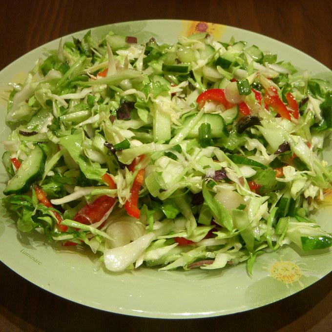 Салатики с фотографиями простые
