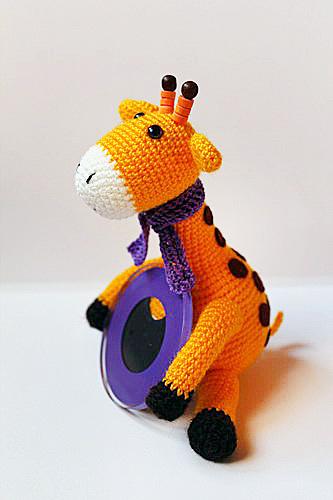 Жираф-с-рамочкой-6 (333x500, 135Kb)