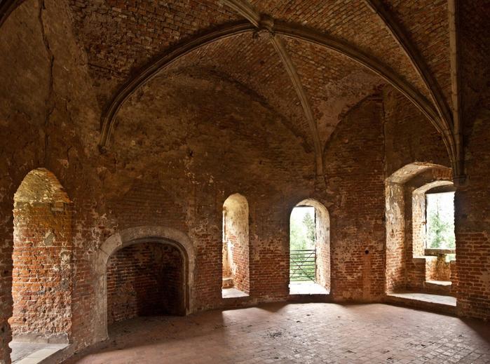 средневековый замок Беерсел бельгия 10 (700x519, 455Kb)