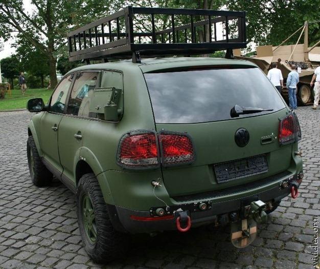 auto (151)