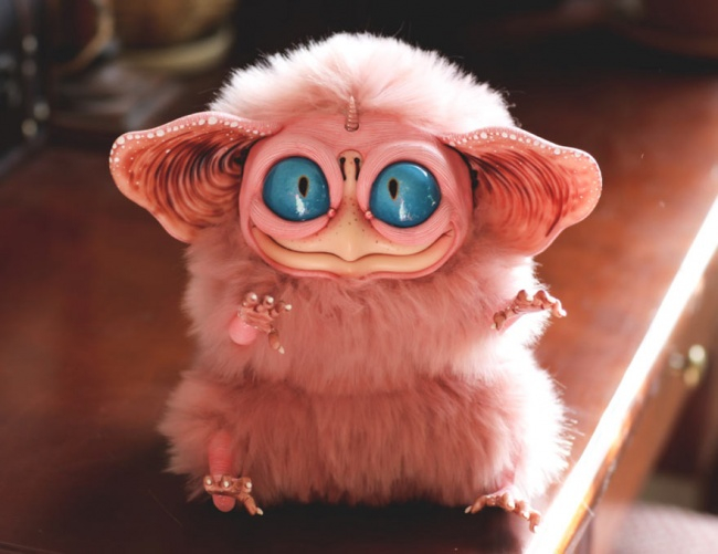3111655-R3L8T8D-650-cool-pink-toy-Furby-scary (650x501, 224Kb)