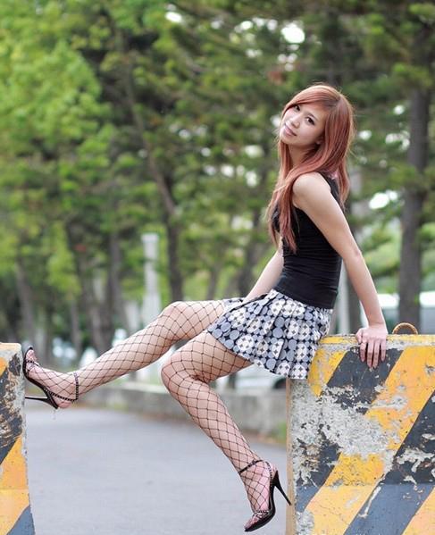 Под платьм у танцующих чулки резинки винтажное видео онлайн фото 331-230
