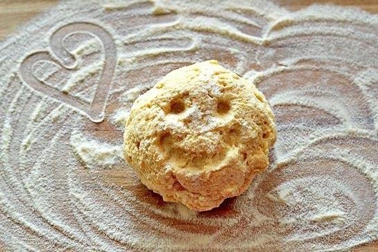 Мини-булочки с сыром и чесноком2 (545x363, 234Kb)