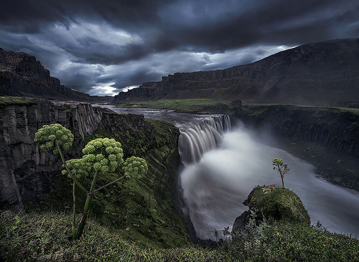 Iceland_Is_A_Miracle_Of_Nature_34 (700x509, 113Kb)