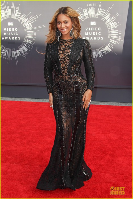 beyonce-black-dress-vmas-2014-01 (468x700, 91Kb)