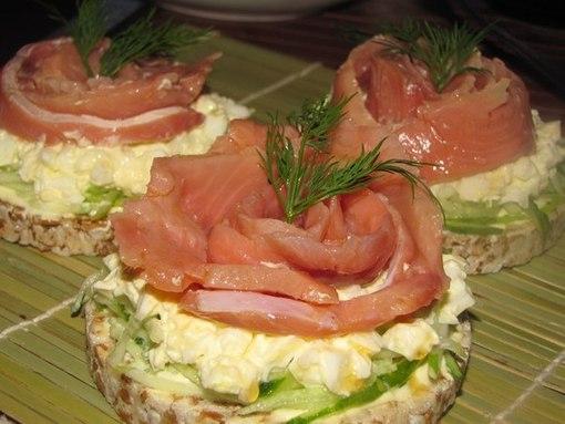 бутерброд с рыбкой (510x383, 45Kb)