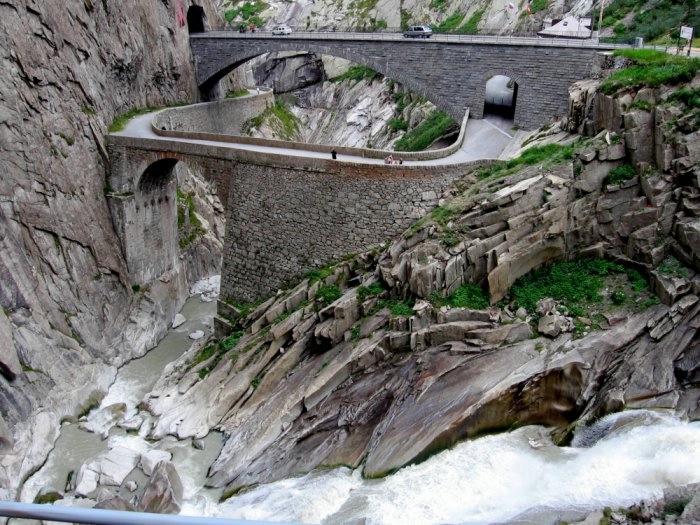 мост дьявола швейцария 1 (700x525, 266Kb)