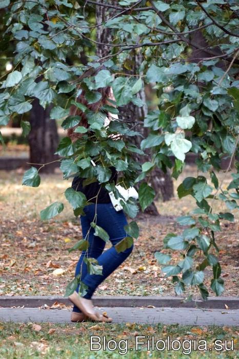 Фигура девушки, скрытая листьями/3241858_doll (466x700, 309Kb)