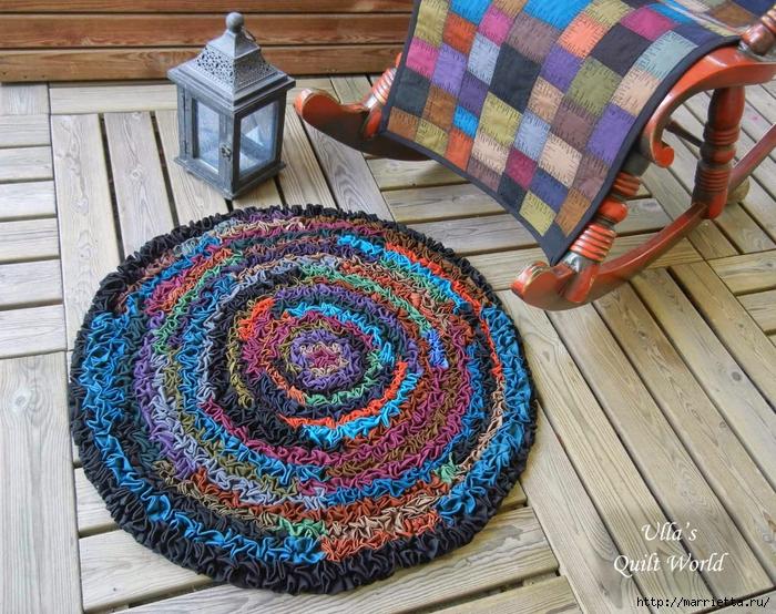 Накидка для кресла, коврик и сумочка из разноцветных лоскутков (6) (700x554, 418Kb)