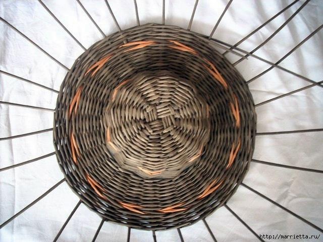 ШЛЯПКИ. Плетение из газетных трубочек (10) (640x480, 204Kb)