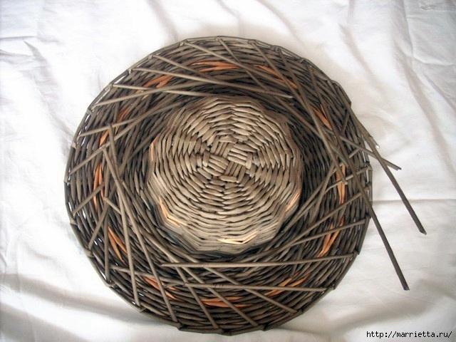 ШЛЯПКИ. Плетение из газетных трубочек (13) (640x480, 187Kb)