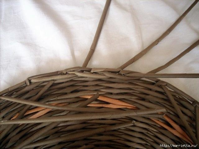 ШЛЯПКИ. Плетение из газетных трубочек (15) (640x480, 151Kb)