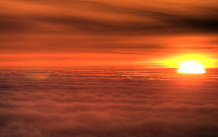 over_clouds_12 (700x441, 96Kb)