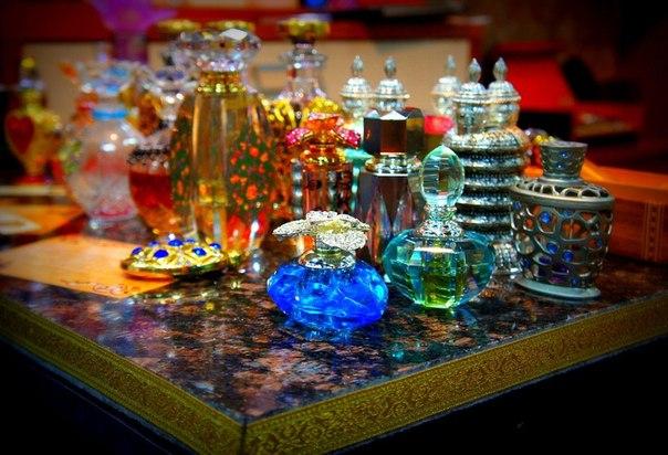 Чарующий аромат арабских духов (1) (604x412, 284Kb)