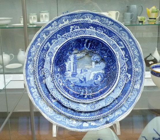 многослойная керамическая посуда Каролин Слотте 8 (555x488, 251Kb)