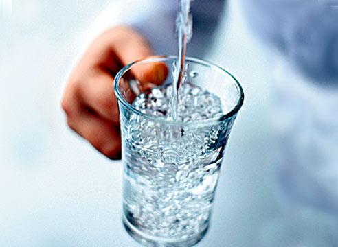 Чистая вода – залог здоровья и красоты.