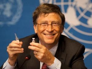 Билл Гейтс уничтожает людей выполняя план сокращения населения Земли