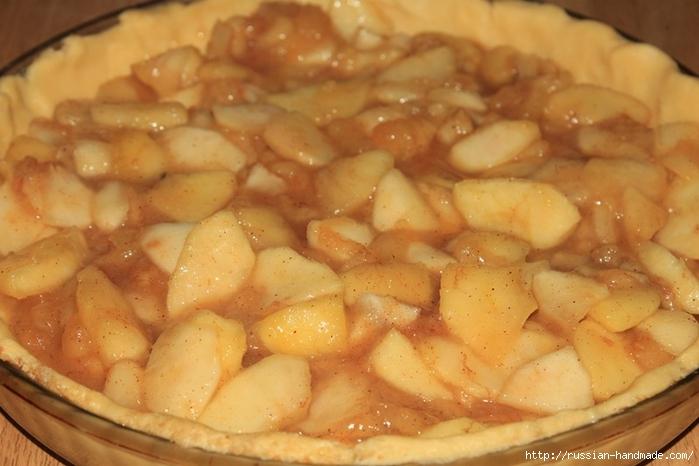 Яблочно-творожный пирог с бананами и корицей (12) (700x466, 210Kb)
