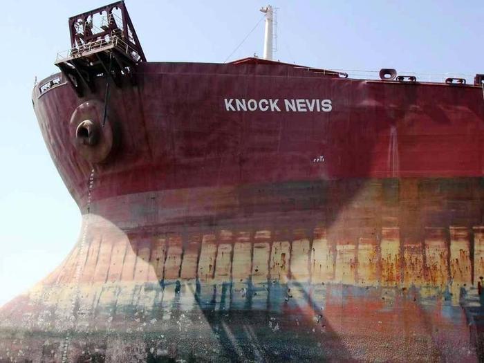 супертанкер Knock Nevis фото 5 (700x525, 293Kb)