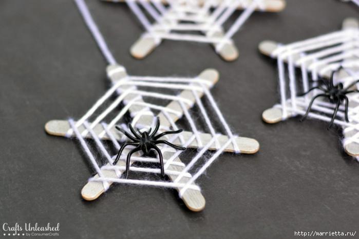 Декорация к Хеллоуину. Паутинки из палочек от мороженого (6) (700x466, 189Kb)