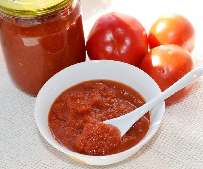 Кетчуп с яблоками иперцем