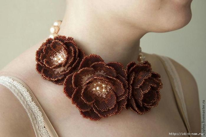как сделать цветок из бисера Хьюго Пьюго, как сделать цветочек из бисера,
