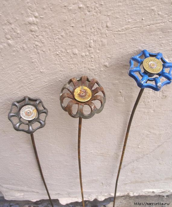 Цветы из металлолома (21) (570x687, 218Kb)