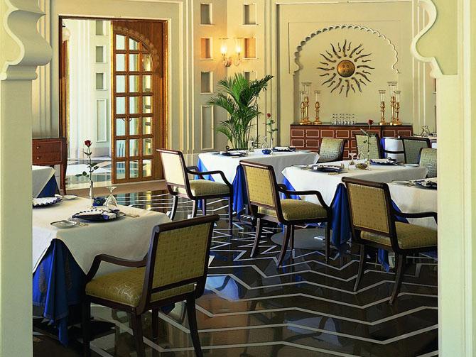 отель Oberoi Udaivilas индия 14 (670x503, 300Kb)